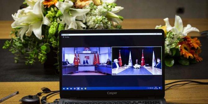 AKP ve CHP video konferans ile bayramlaştı