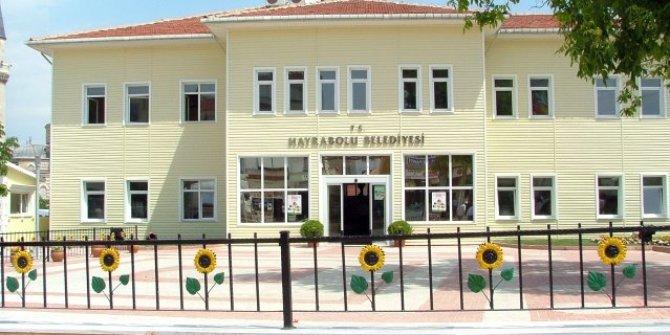 Maaşı azalan AKP'li başkan belediyesini mahkemeye verdi