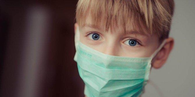 Çocuklar için maske uyarısı: Takmaları riskli