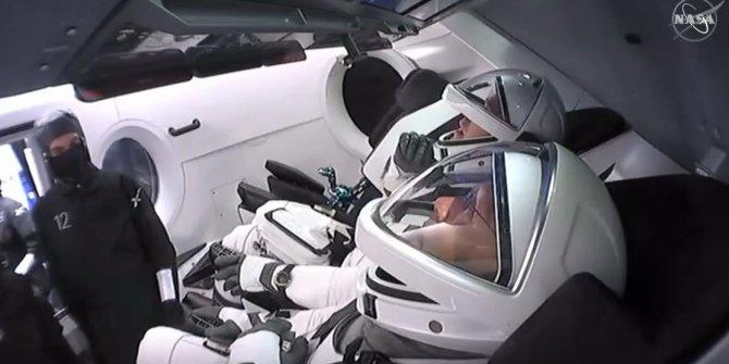Tüm dünya bu ekrana kilitlendi NASA ve SpaceX'ten ortak yayın