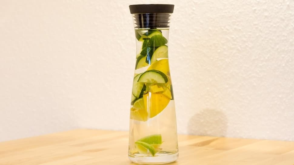 Cildi tazeleyen detoks tarifi: Naneli su! Naneli suyun faydaları