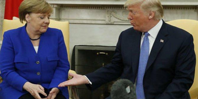 Merkel, Trump'ı reddetti