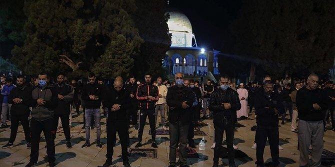 Mescid-i Aksa ibadete açıldı