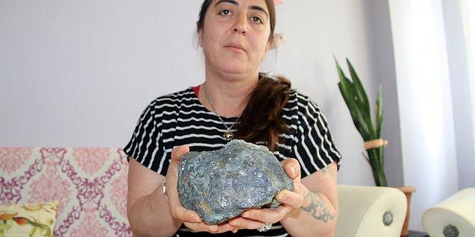 Düzce'de çilek toplarken buldu: Esrarengiz göktaşını eline aldığına neler olduğunu anlattı