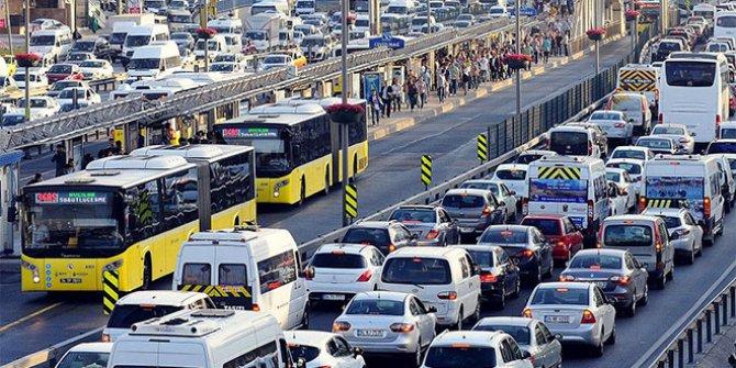 Araç alacaklar dikkat: Yeni kredi paketi açıklandı