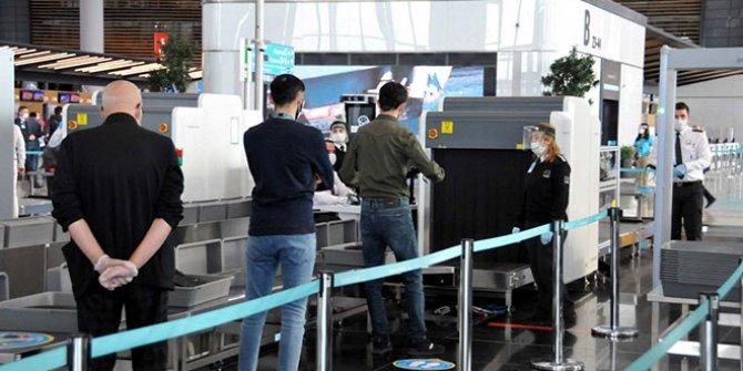 Uçuşlar başladı: Bu kurallara uymayanlar havalimanına giremeyecek