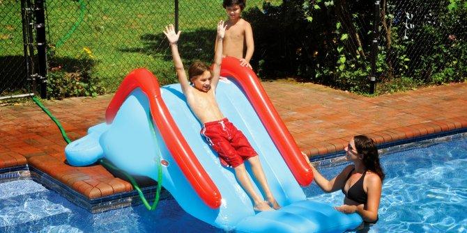 Korona virüsü yenen profesör Özyaral uyardı: İşte havuzdaki en büyük tehlike