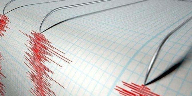 Endonezya'da 6 büyüklüğünde deprem