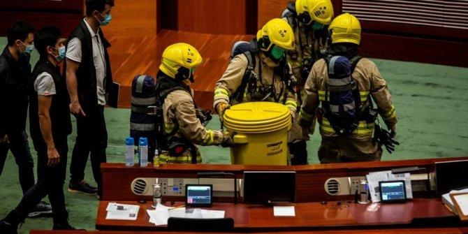 Hong Kong meclisinde Çin Milli Marşı gerginliği
