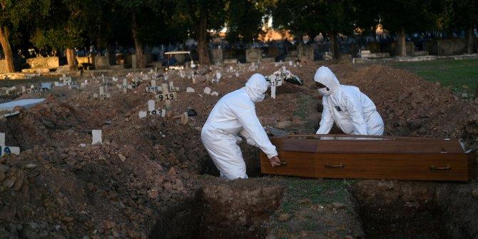 Korona kabusu ülkeyi sardı: Bir günde bin 473 kişi öldü