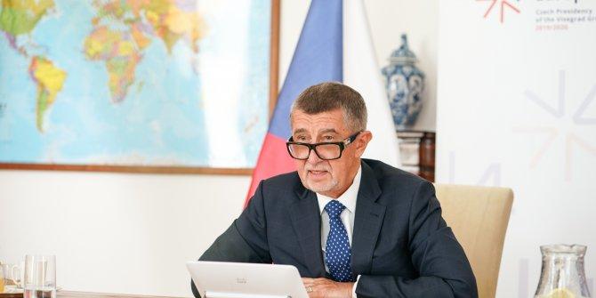 Çekya'da 'zehir' krizi