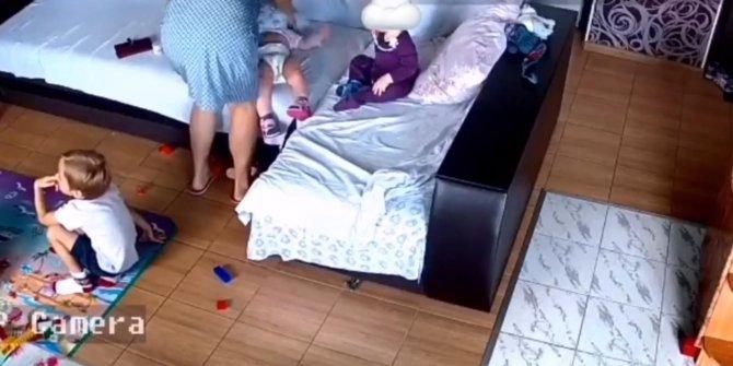 Ukrayna'da bakıcı dehşeti kamerada