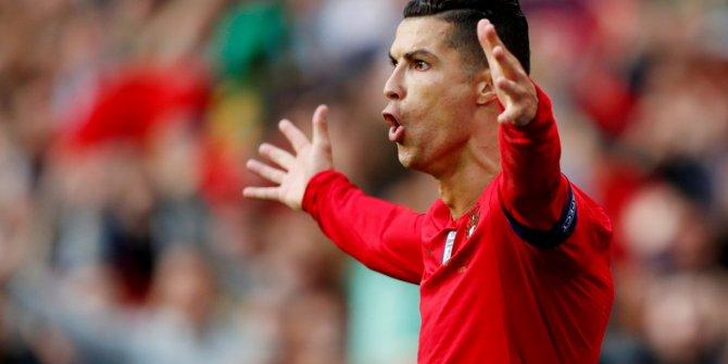 Cristiano Ronaldo, ilk milyarder futbolcu oldu