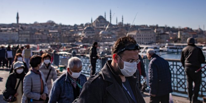 Prof. Dr. Tükek önerdi: Yasak yerine maske zorunlu olsun