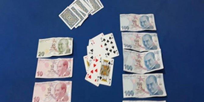 Polisten kumar baskını: Çok sayıda kişi gözaltında