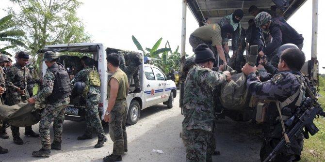 4 askeri polisler öldürüldü