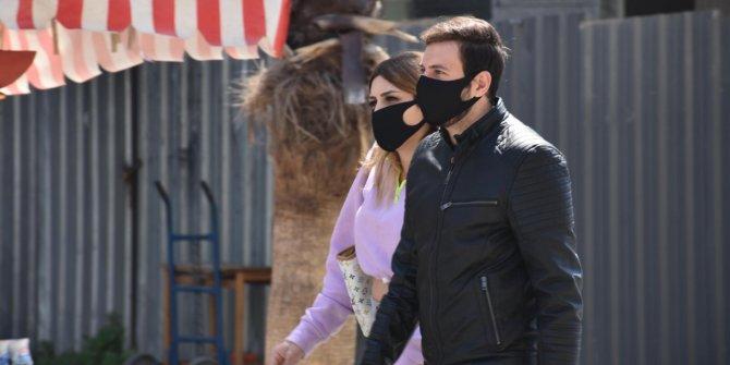 Koronadan kaçarken başınıza başka iş açmayın: 'Siyah maske' koruyucu değil,başka bir belaya davetiye