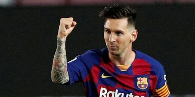 Lionel Messi, 700. golünü attı