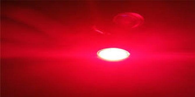 Her gün 3 dakika kırmızı ışığa bakarsanız