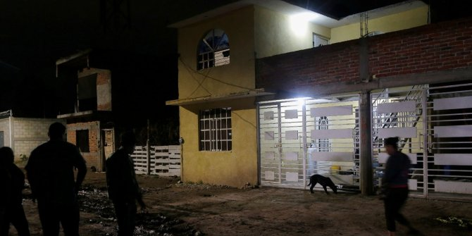 Gece yarısı silahlı saldırı: 24 kişi öldü
