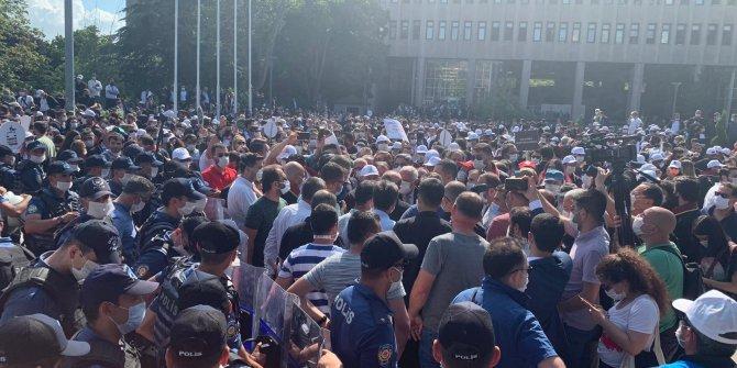 Ankara'da avukatlara biber gazlı müdahale
