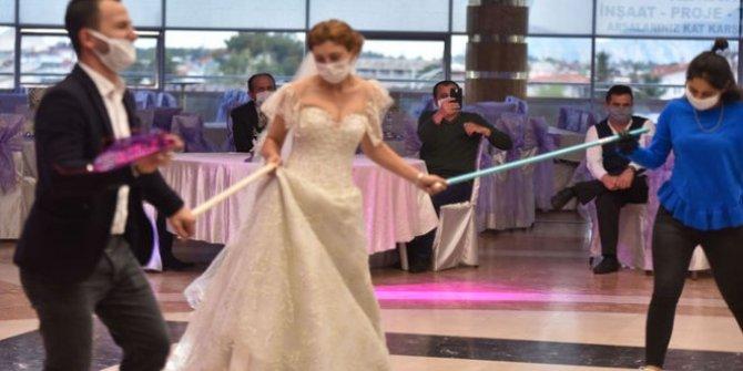 Valilik'ten sosyal mesafe çözümü: Gaziantep'te düğünlere kolluk kuvveti gidecek