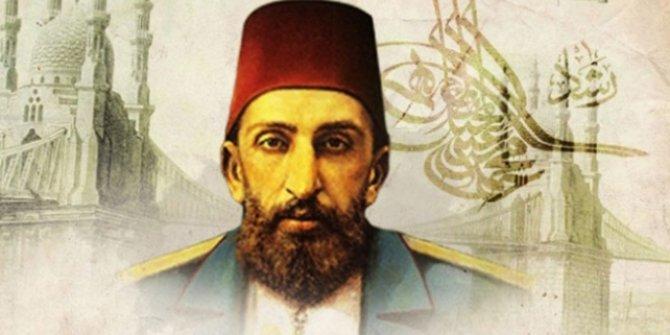 İlber Ortaylı Osmanlı'nın gizli kalmış gerçeğini açıkladı: Abdülhamid kimden izin alamadı?