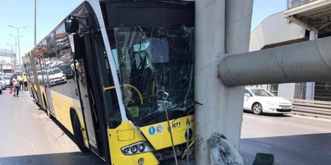 Beylikdüzü'nde İETT otobüsü kaza yaptı: 15 yaralı