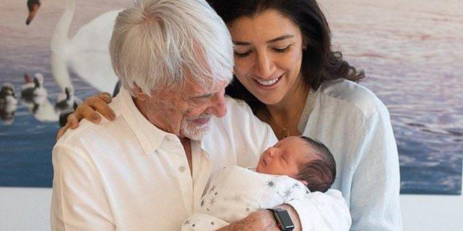 F1'in eski patronu 89 yaşında baba oldu: İşin sırrını böyle açıkladı