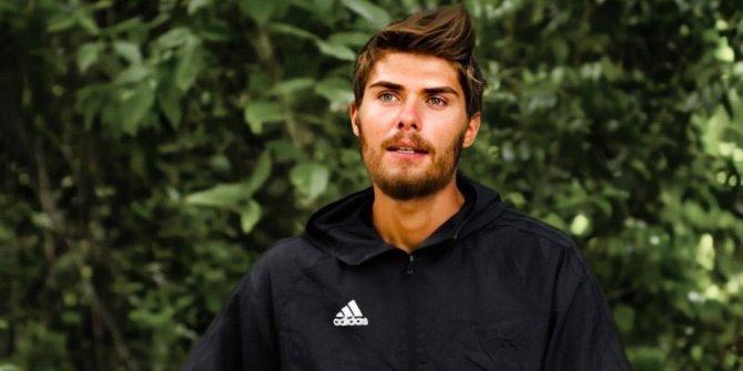 Acun yorum yapmadı! Barış, 6 yarıştan 5'ini kazanan Sercan'a öyle bir laf söyledi ki...Survivor'da kılıçlar çekildi