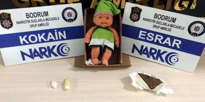 Oyuncak bebeğin içinden kokain çıktı
