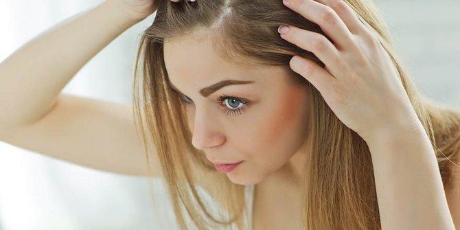 Kovid-19 sürecindeki saç dökülmesi kalıcı mı? Saç dökülmesi neden arttı?