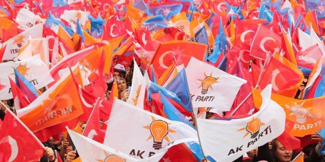 AKP'de 5 ilçe başkanı istifa etti