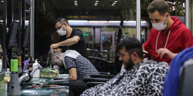 Berberler serbest bırakılmasını beklerken Sağlık Bakanlığı yeni yasaklar getirdi
