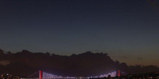 Kuyruklu yıldız İstanbul semalarında böyle görüntülendi