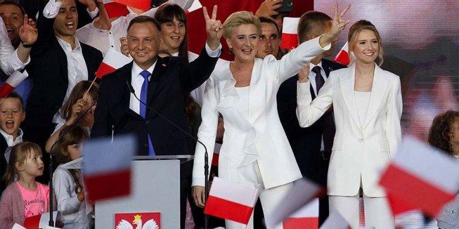 Polonya'da Cumhurbaşkanı Duda oldu