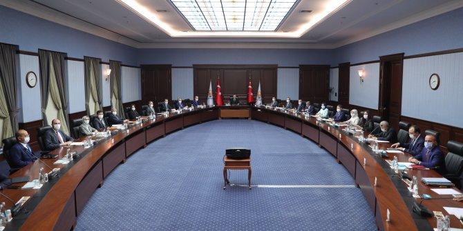 AKP MYK toplandı
