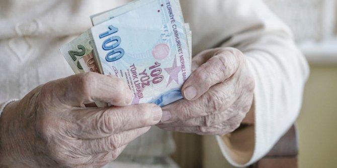 Emekli ikramiyeleri 2 yılda eridi gitti, 2 yıl önce 110 kilo bugün ise 5 kilo makarna alınabiliyor