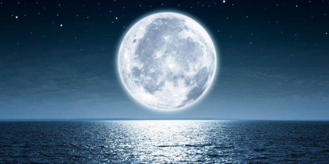 Ay, 85 milyon yıl gençleşti
