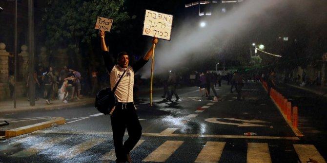 İsrail'de binlerce kişiden Netanyahu protestosu