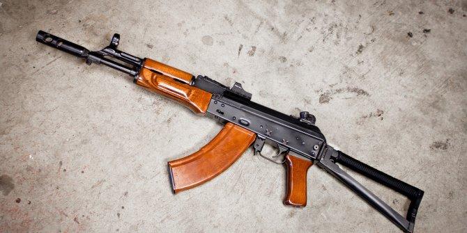 ABD, Amerika'yı yeniden keşfedecek: Kalaşnikof ve RPG-7 gibi Sovyet silahlarını üretmeye başlıyorlar