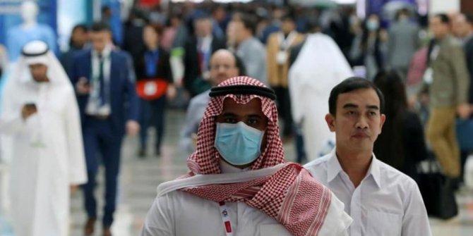 Suudi Arabistan'da Kovid-19 nedeniyle bir günde 42 kişi hayatını kaybetti