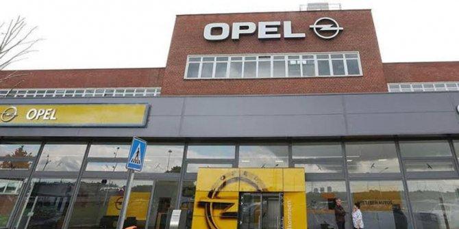 Opel logosunu değiştirdi! İşte logoya ev sahipliği yapacak ilk model