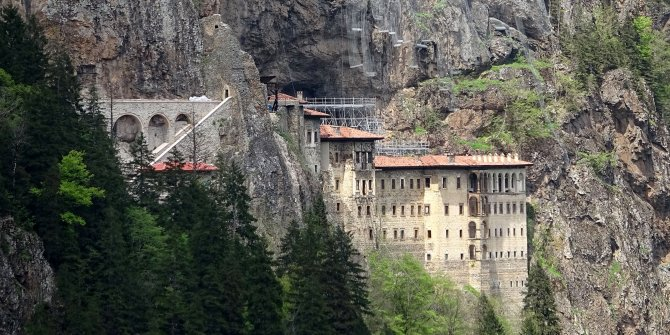 Sümela Manastırı ve Ayasofya Camii açılıyor