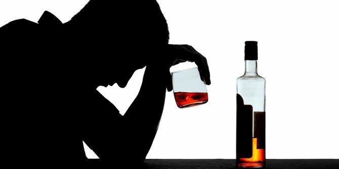 Hindistan'da sahte içki ölümleri devam ediyor