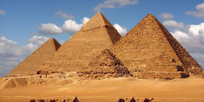 'Piramitleri uzaylılar yaptı' diyen Elon Musk'a Mısır'dan yanıt geldi
