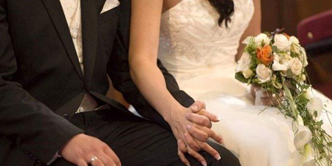 Düğünden sonra ateşlenen gelinde korona virüs çıktı