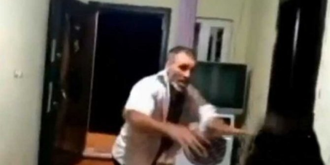 Aile Bakanı Selçuk'tan açıklama geldi, çocuklarının gözü önünde görme engelli eşini öldüresiye dövmüştü