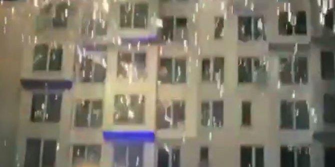 O anlar saniye saniye kayıt edildi! Kopenhag'da Başakşehir'e havai fişekli taciz