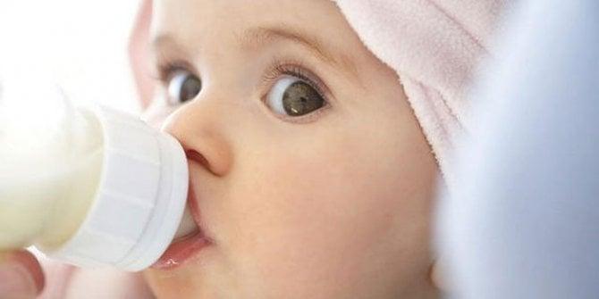Bebeği kanserden koruyan mucize: Anne sütü! Anne sütünün faydaları nelerdir?